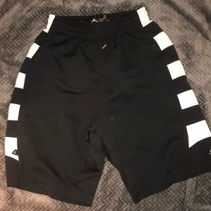 Jordan size small men's basketball shorts